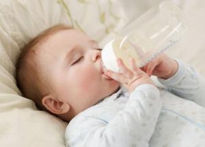 Điểm mặt 7 nguyên nhân khiến trẻ sơ sinh bị táo bón