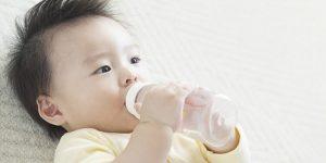 Trẻ sơ sinh bị tiêu chảy: nguyên nhân và cách điều trị